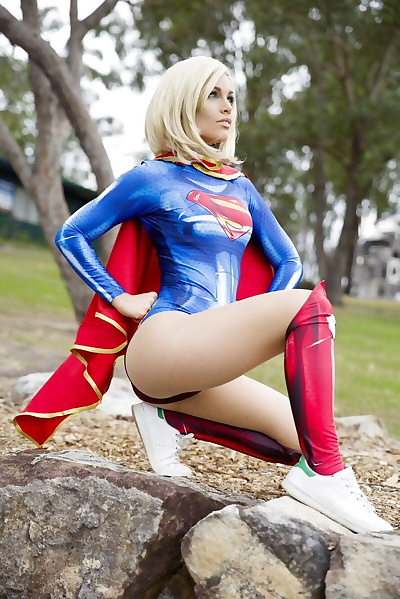 Cosplayer - Coralea Jade -..